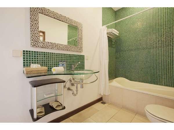 The Studio Bali - Suite Bathroom
