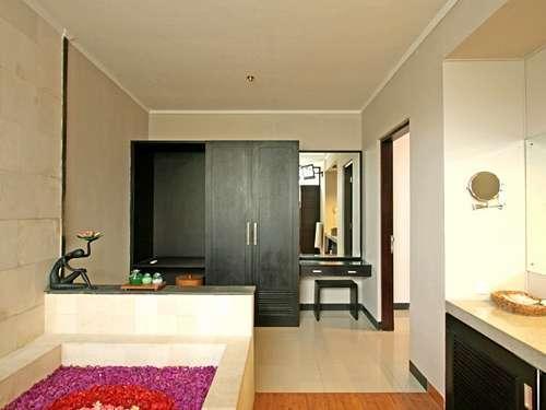 The Rishi Villa Bali - 1 Bedroom Villa Bathroom