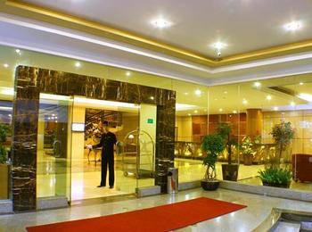 Rocky Plaza Hotel