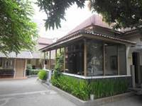 Ndalem Suratin Guest House