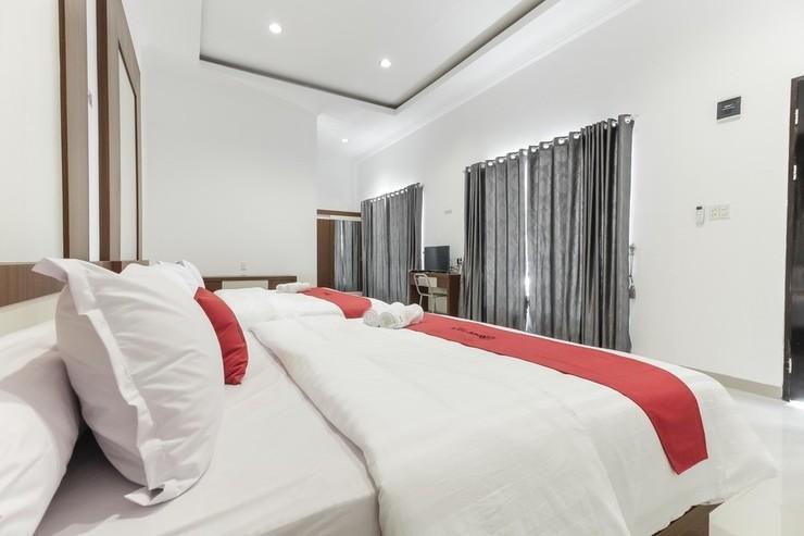 RedDoorz Plus @ Setiabudi Medan Medan - Guestroom