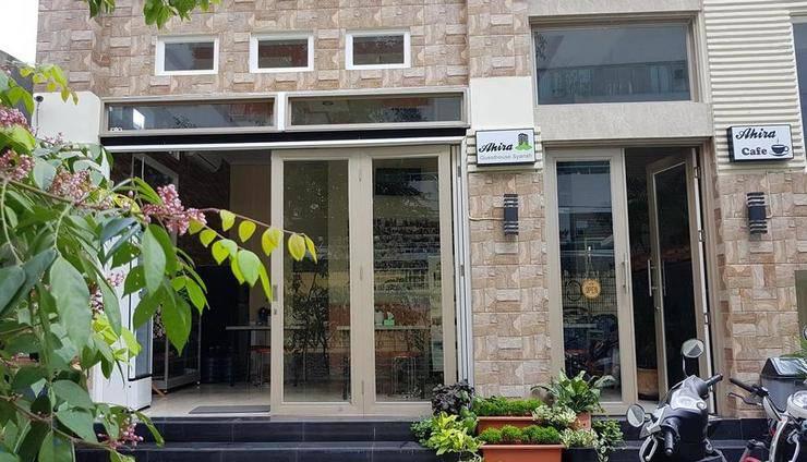 Ahira Guest House Syariah Jakarta - Exterior