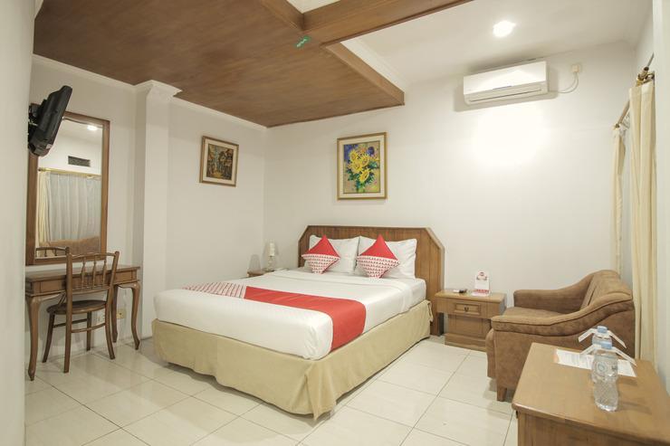OYO 237 Arwiga Hotel Bandung - Bedroom