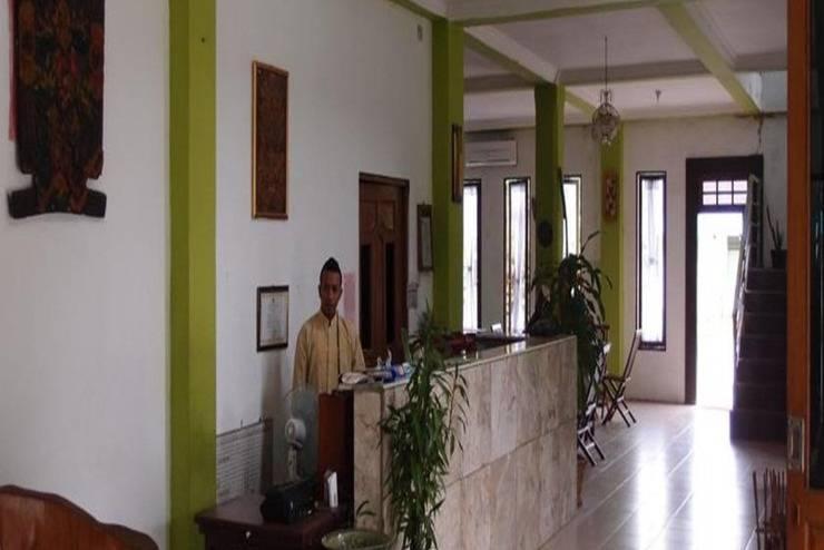 Fairuz Hotel Palangkaraya - Resepsionis
