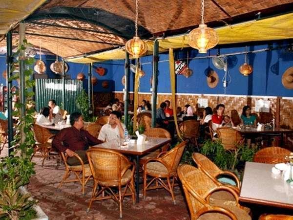 Hotel Menara Lexus Medan - Monggo Pawon Solo Restoran