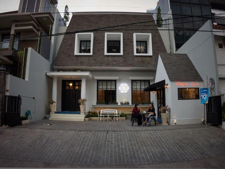Mooi House By ZIRI Surabaya - exterior