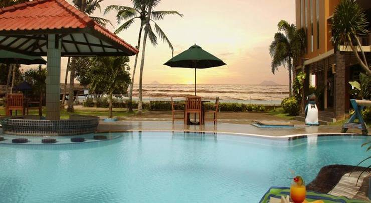 Alamat The Jayakarta Anyer Beach Resorts - Serang