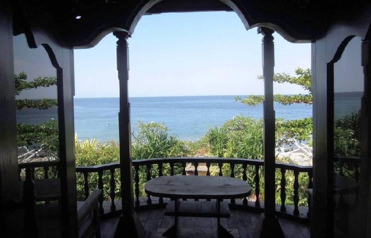 Kawi Karma Beach Cottages Amed - pemandangan dari kamar tidur