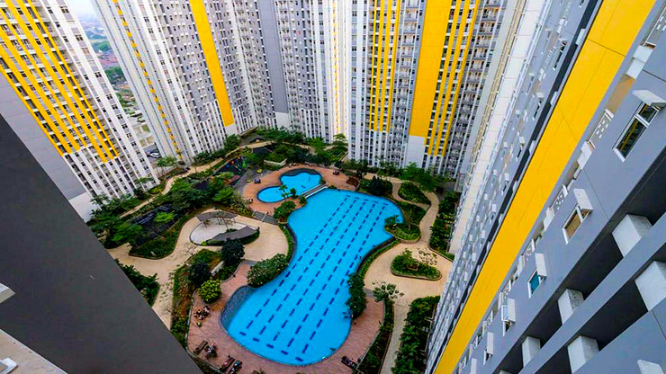 RuangNyaman at The Springlake Summarecon Bekasi Bekasi - Pool