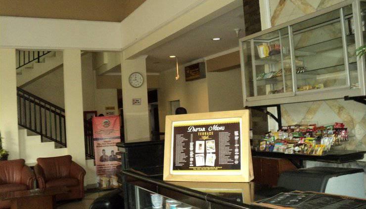 Hotel Puriwisata Baturaden - Interior