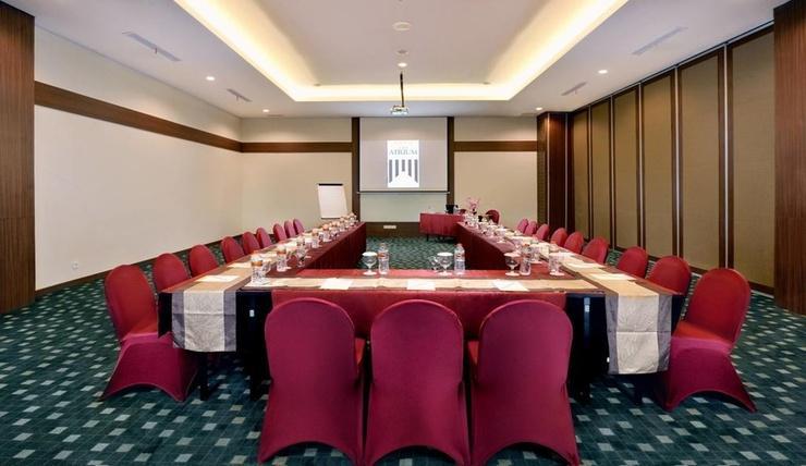 The Atrium Hotel & Resort Yogyakarta - Meeting Room
