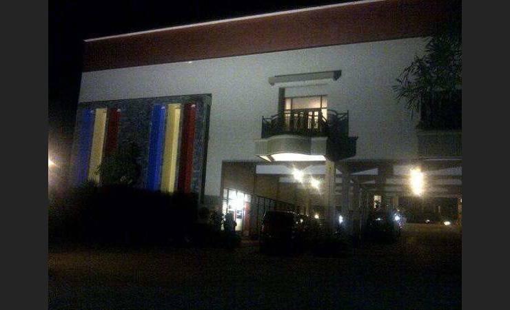 Hotel Ima Kupang - Appearance