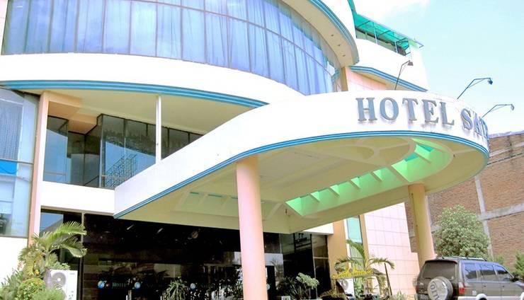 Hotel Satelit Surabaya - Tampilan Luar