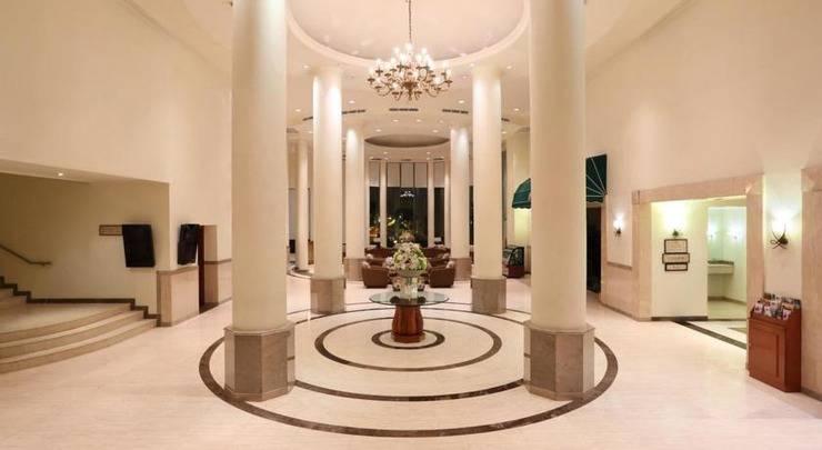Hotel Aryaduta Makassar - Interior