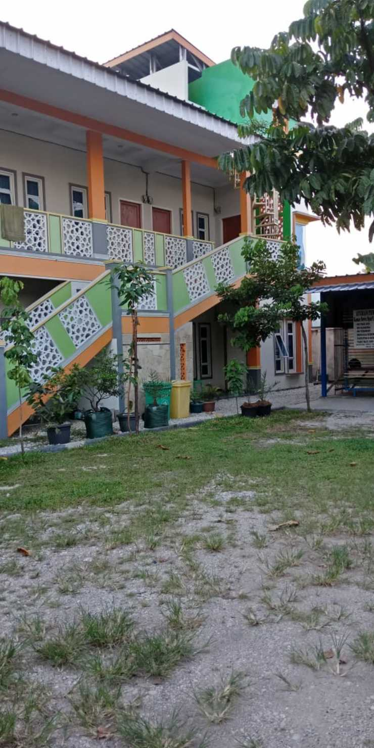 Dahlia Guesthouse Syariah Pekanbaru - Exterior