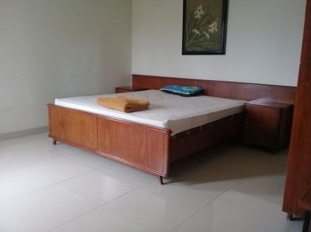 Villa Istana Bunga - Yellow Bandung - Room