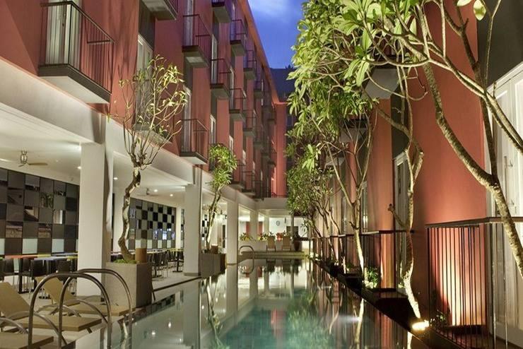 Amaris Hotel Legian - Kolam Renang