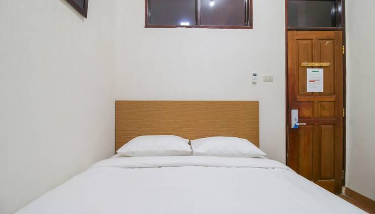 Penginapan Dempo Palembang - Bedroom