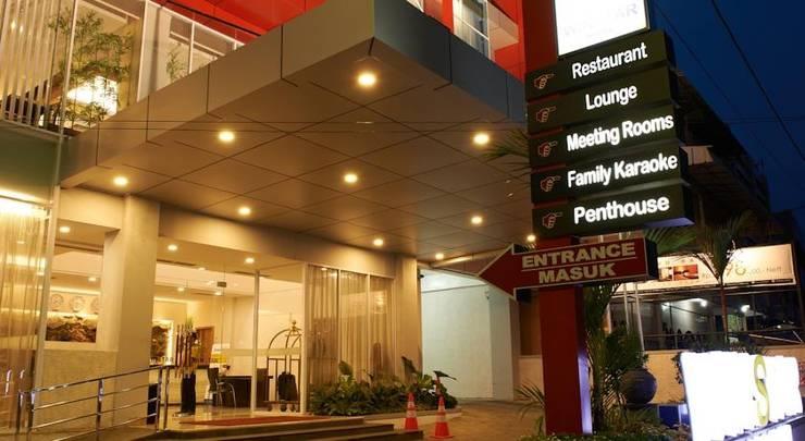 Winstar Hotel Pekanbaru - (18/Dec/2013)