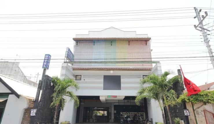 Sky Hotel Ngampilan 1 Yogyakarta Yogyakarta - Exterior