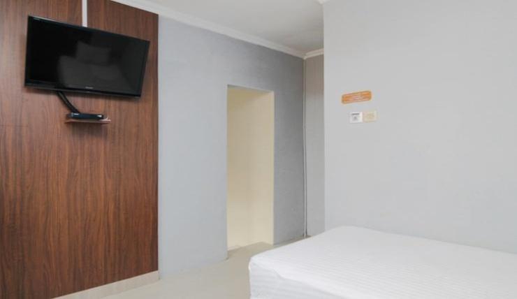 Sky Hotel Ngampilan 1 Yogyakarta Yogyakarta - Room