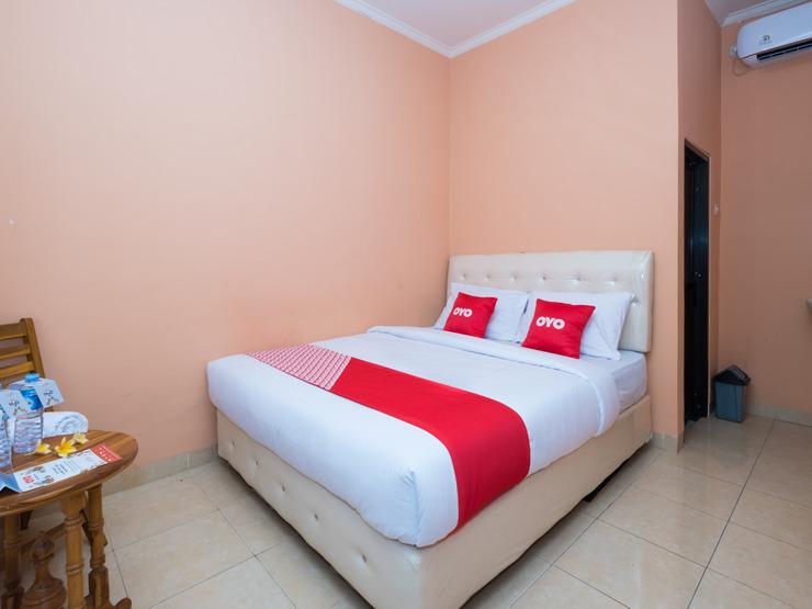 OYO 1492 Rupaqa Hotel Lombok - Bedroom- St D