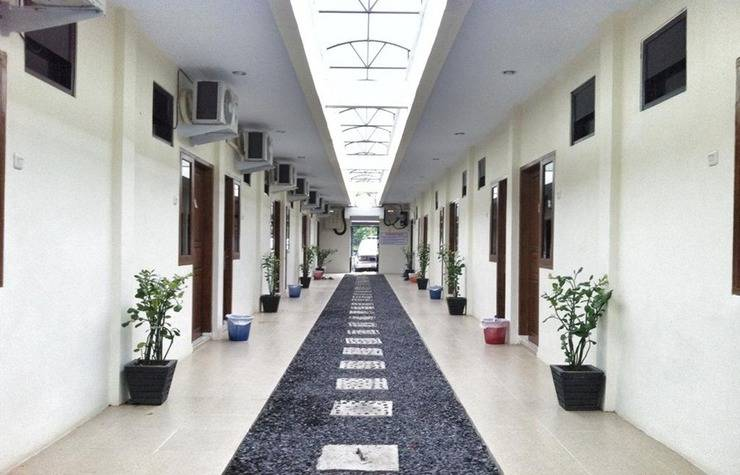 Living Peace House Manado - Corridor
