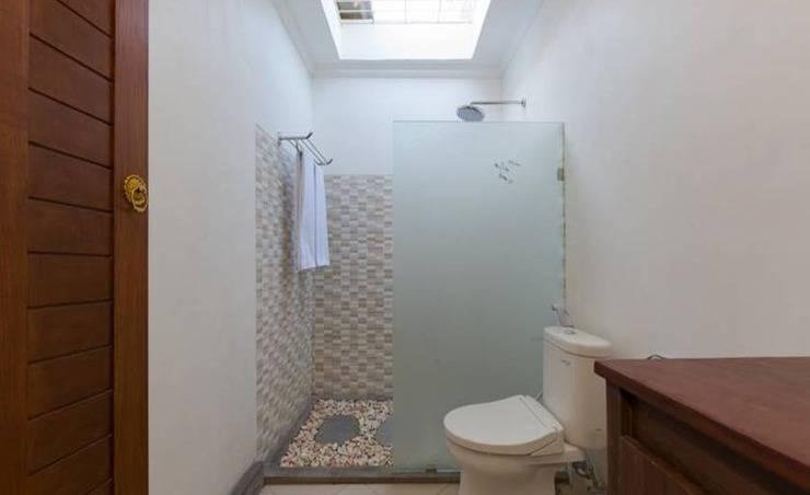 Paisa Villa Seminyak - Kamar mandi