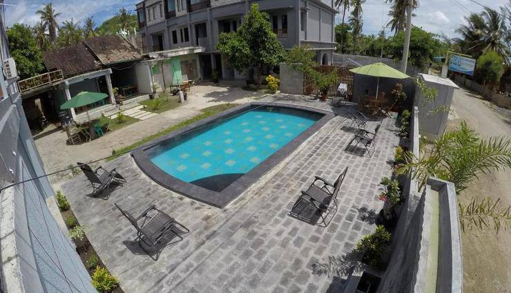Ridho Malik Hotel Lombok - Swimming Pool