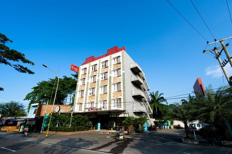 CREW EXPRESS Hotel Kualanamu - pemandangan luar