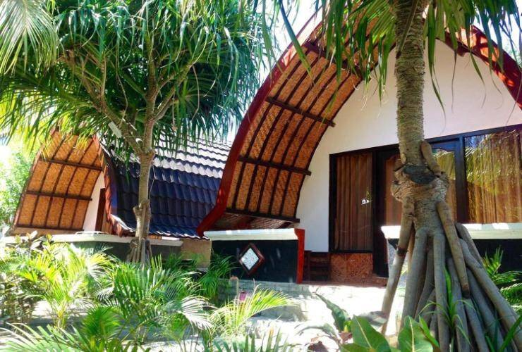 Warna Beach Hotel Lombok - BUNGALOW