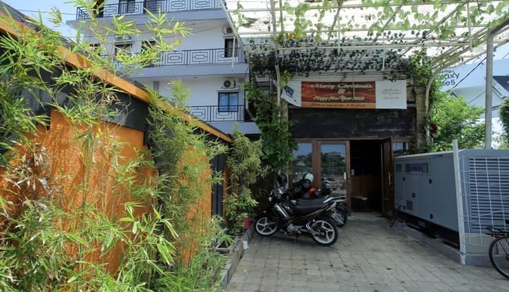 RedDoorz near Ngurah Rai Airport Bali - Eksterior