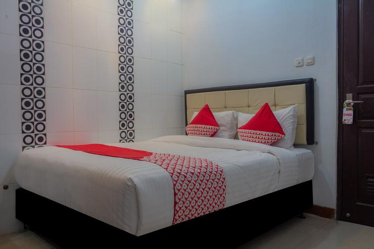 OYO 649 K68 Residence Jakarta - Bedroom