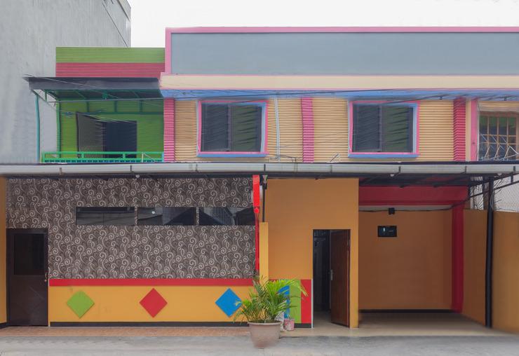 OYO 649 K68 Residence Jakarta - Facade