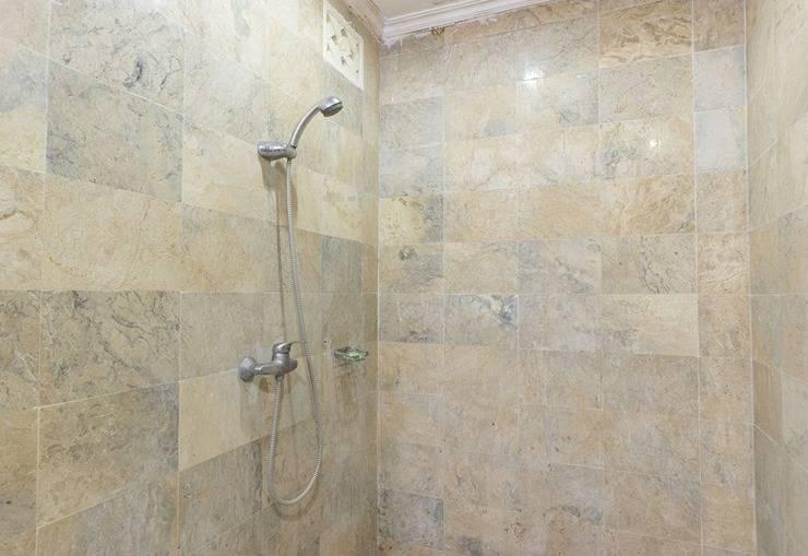 RedDoorz @Sanur Bali - Kamar mandi