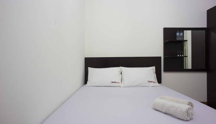 RedDoorz @Kebayoran Lama Selatan Jakarta - Kamar tamu