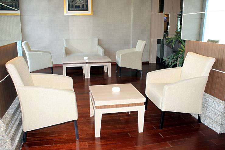 Tjokro Hotel Klaten - Batik Lounge