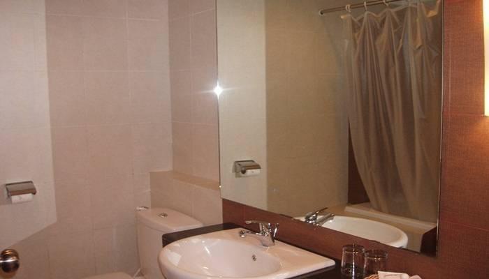 NIDA Rooms Nusantara 18 Kaliwates - Kamar mandi