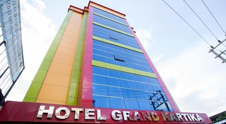 Hotel Grand Kartika Samarinda - Exterior