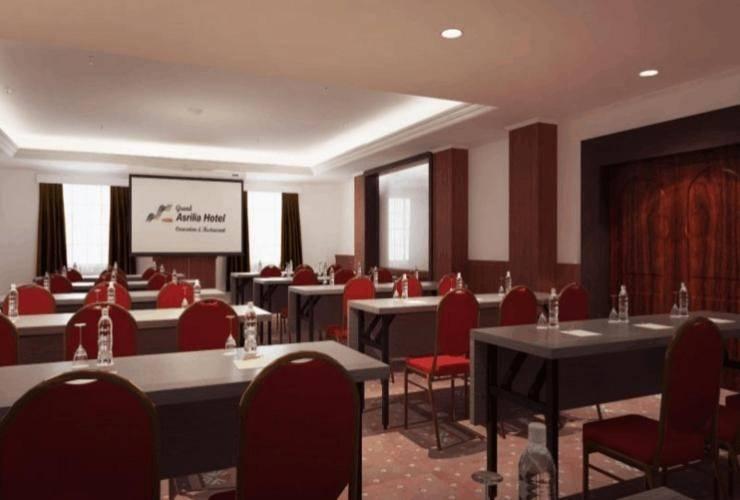 Grand Asrilia Hotel Convention & Restaurant Bandung - Meeting Room
