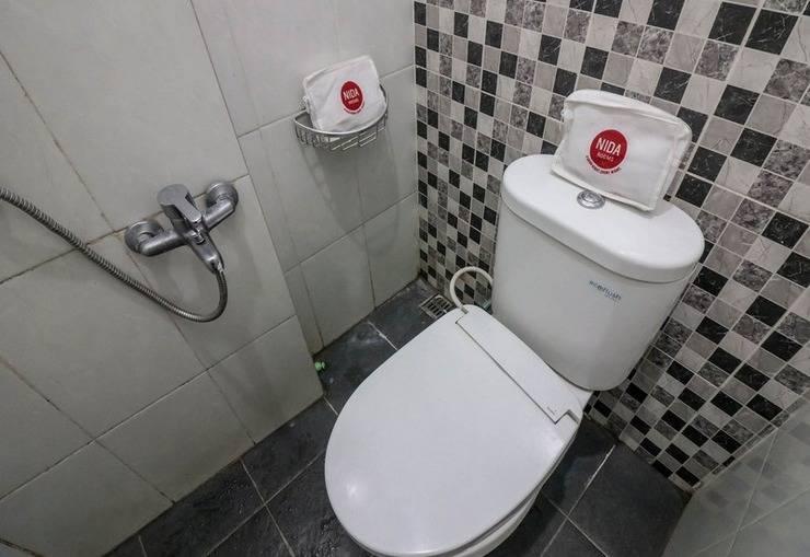 NIDA Rooms Yogyakarta Adisucipto Airport - Kamar mandi