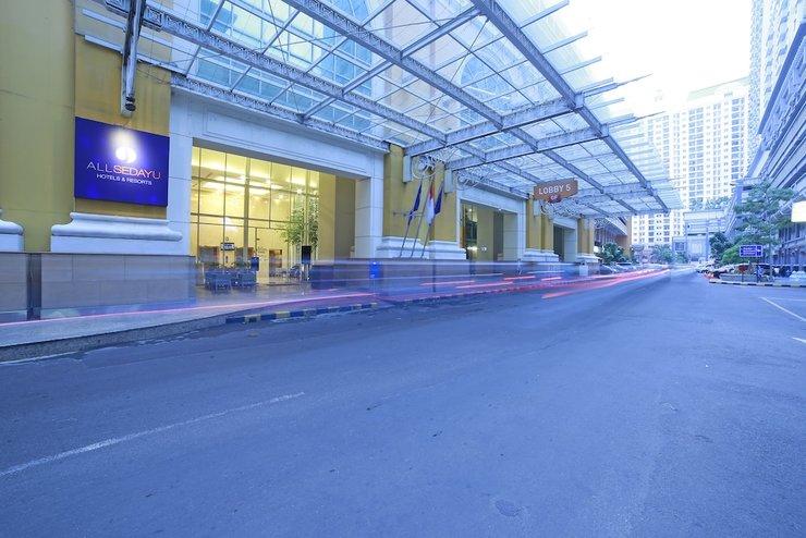 All Sedayu Hotel Kelapa Gading - Property Entrance