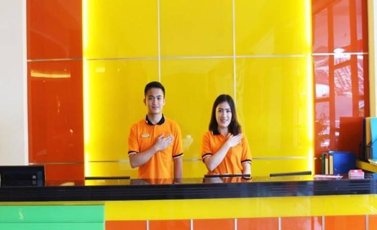 Maleosan Inn Manado - Resepsionis