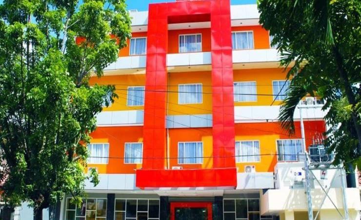 Maleosan Inn Manado - Eksterior