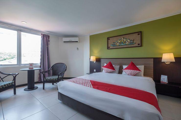 OYO 628 Losari Metro Makassar - Bedroom