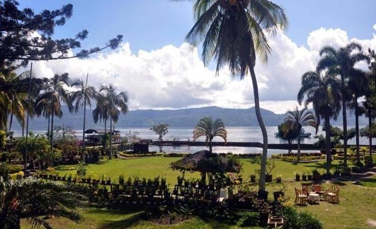 Hotel Silintong Samosir - Pemandangan Danau