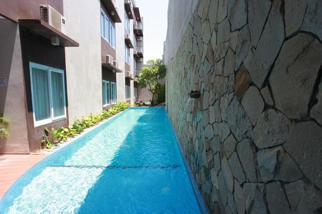 Andelir Hotel Simpang Lima Semarang - Kolam