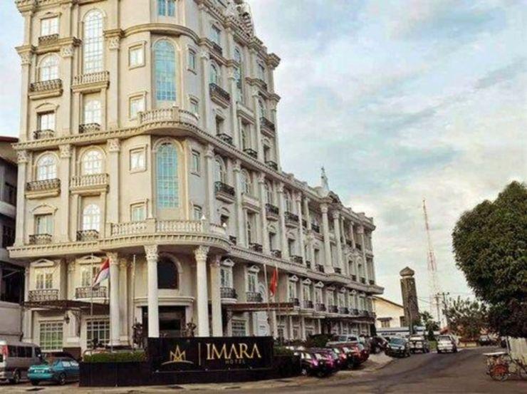 Hotel Mauve Palembang - Facade