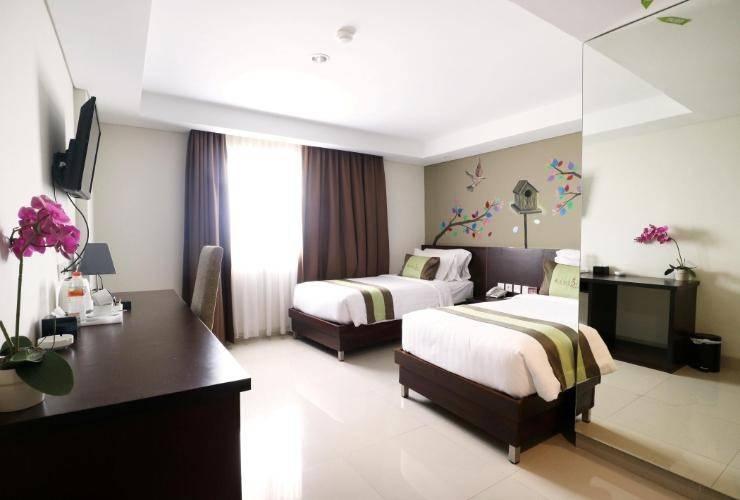 Ramedo Hotel Makassar - Room