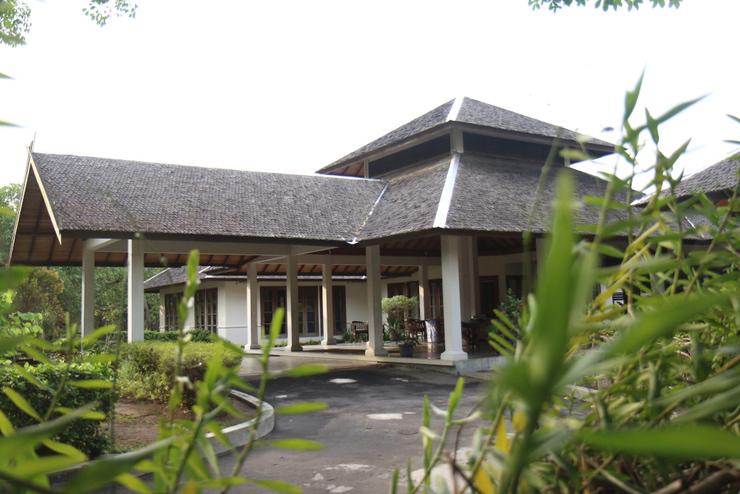 Rungan Sari Resort Palangka Raya - Pintu Masuk